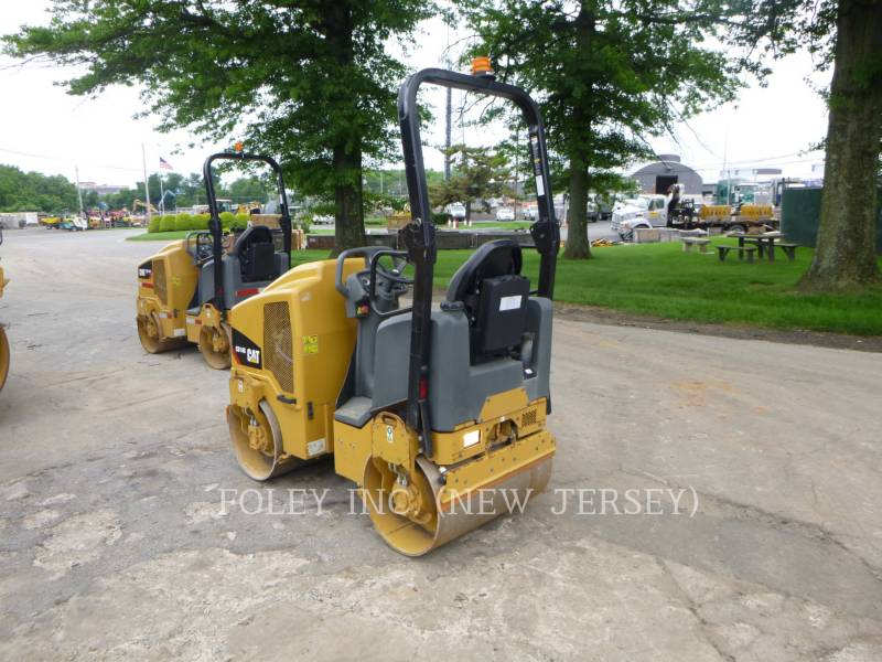 CATERPILLAR TANDEMOWY WALEC WIBRACYJNY DO ASFALTU (STAL-STAL) CB14B equipment  photo 2