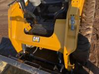 CATERPILLAR KOMPAKTLADER 236D equipment  photo 19