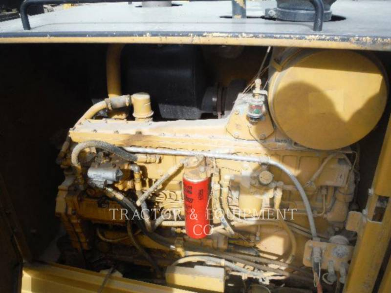 Caterpillar AUTOGREDERE 16H equipment  photo 11