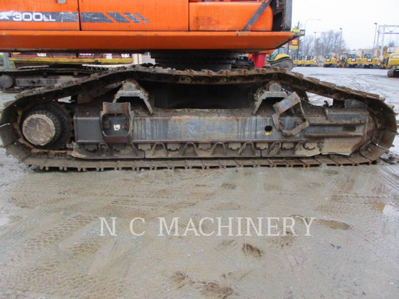DOOSAN INFRACORE AMERICA CORP. MASZYNA LEŚNA DX300LL equipment  photo 12