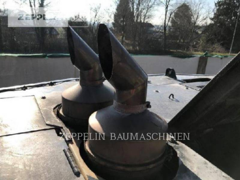 CATERPILLAR トラック油圧ショベル 390DL equipment  photo 17