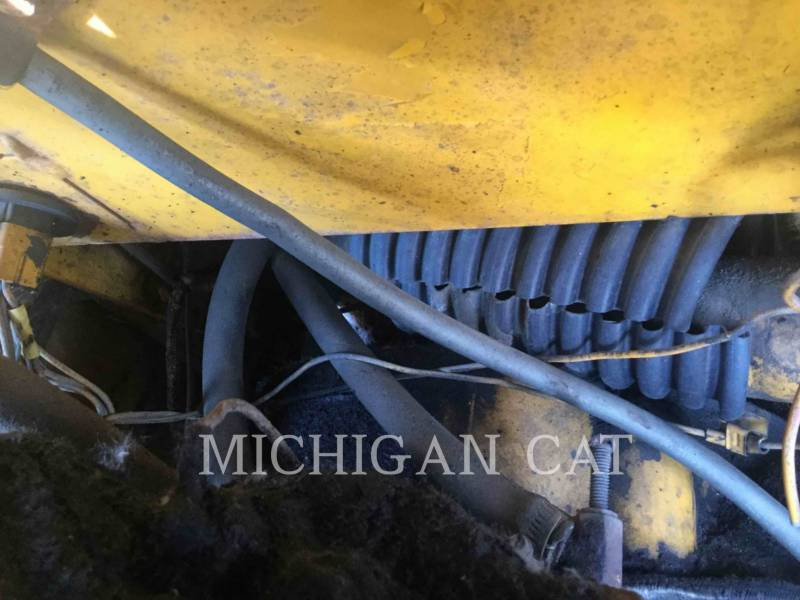 JOHN DEERE WHEEL LOADERS/INTEGRATED TOOLCARRIERS 544B equipment  photo 14