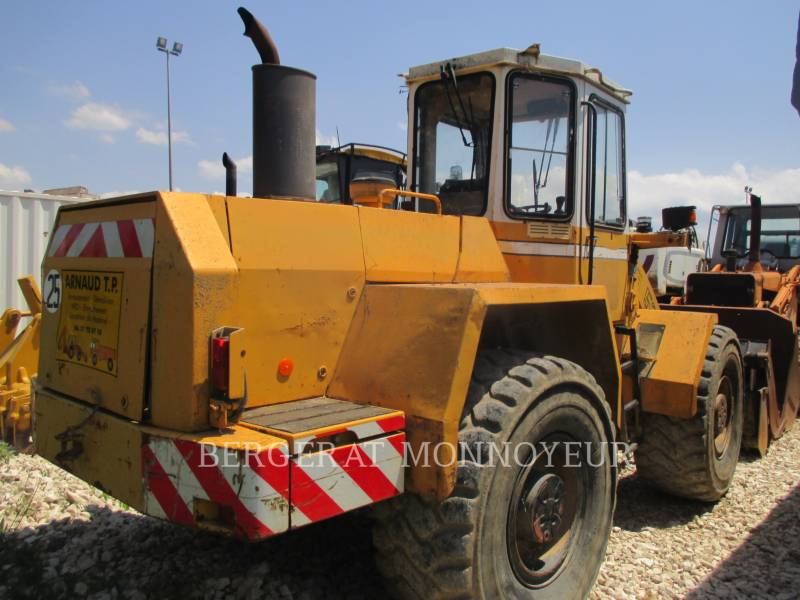 LIEBHERR PALE GOMMATE/PALE GOMMATE MULTIUSO L521 equipment  photo 6