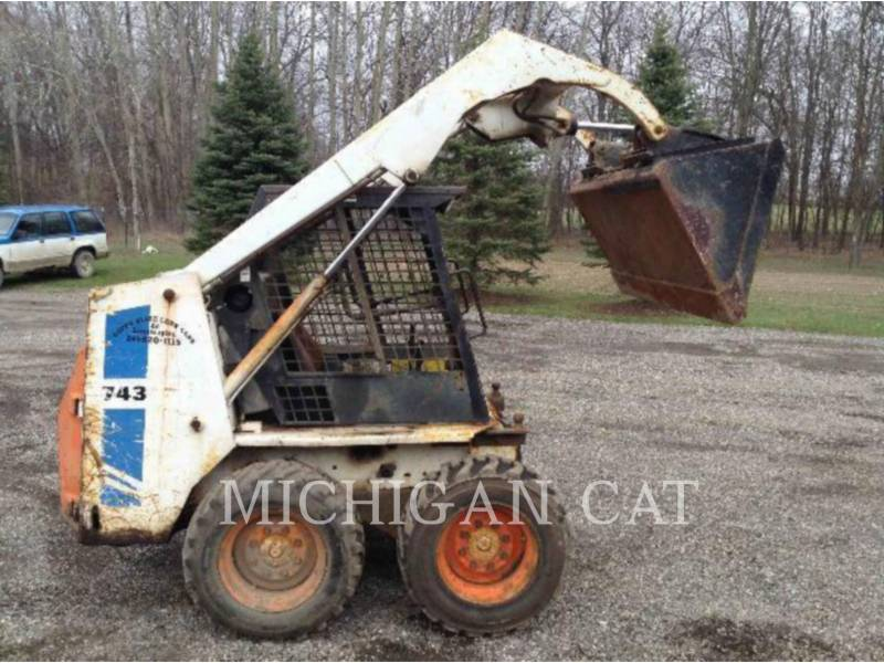 BOBCAT SKID STEER LOADERS 743 equipment  photo 12
