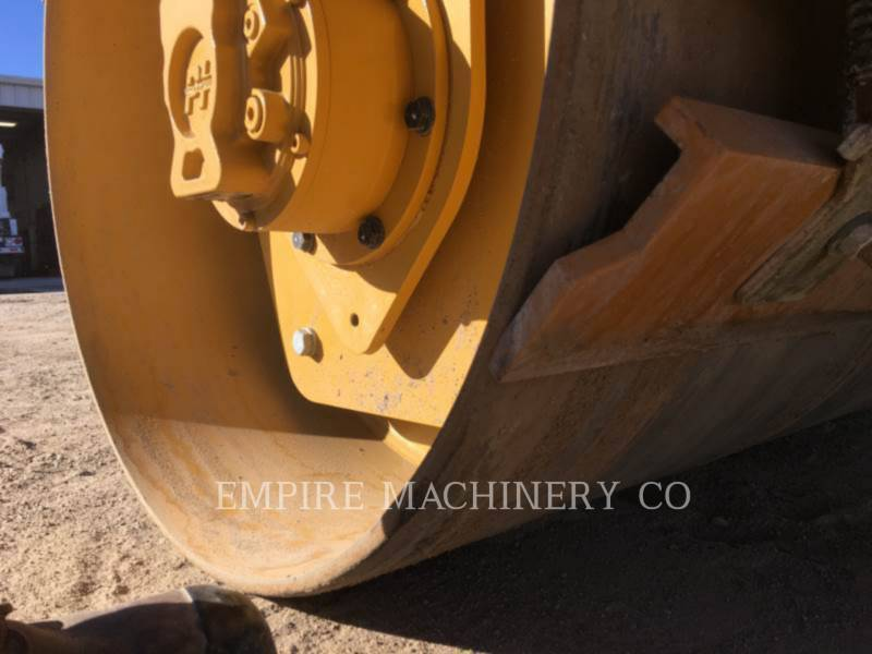 CATERPILLAR COMPACTEURS TANDEMS VIBRANTS CB22B equipment  photo 8
