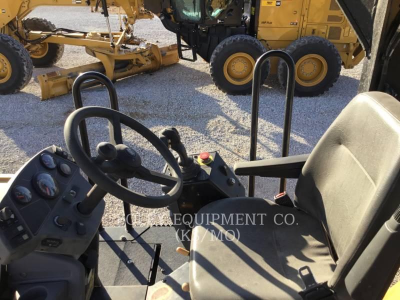 CATERPILLAR コンパクタ CB54XW equipment  photo 5