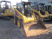 CATERPILLAR SKID STEER LOADERS 216B3 equipment  photo 1