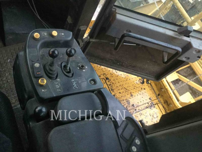 CATERPILLAR WHEEL LOADERS/INTEGRATED TOOLCARRIERS 988H RBLD equipment  photo 21