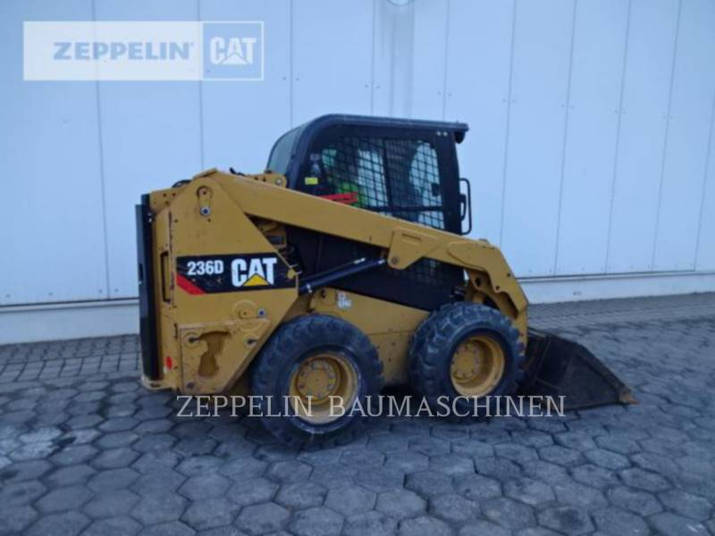 CATERPILLAR MINICARGADORAS 236D equipment  photo 7