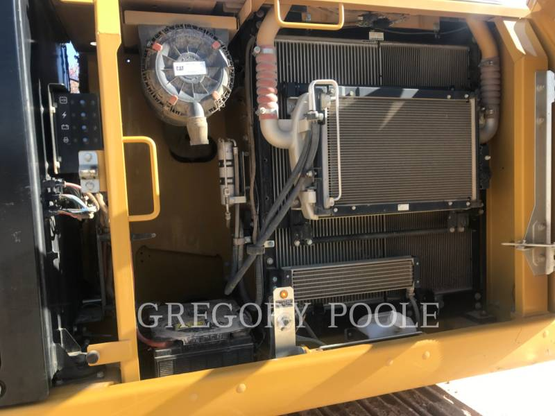 CATERPILLAR EXCAVADORAS DE CADENAS 323FL equipment  photo 16