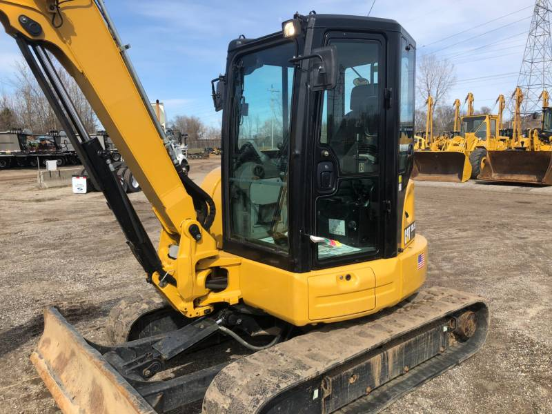 CATERPILLAR TRACK EXCAVATORS 305.5E2CR equipment  photo 2