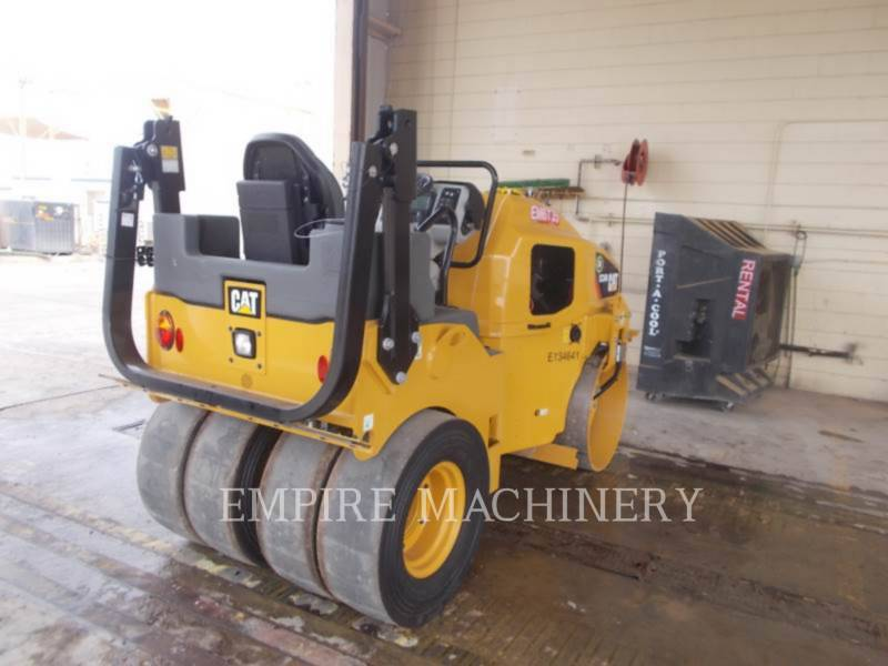 CATERPILLAR RULLI COMBINATI CC34B equipment  photo 1