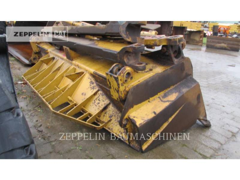 CATERPILLAR CIĄGNIKI GĄSIENICOWE D8T equipment  photo 19