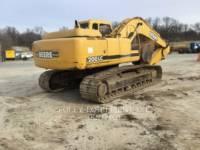 JOHN DEERE PELLES SUR CHAINES 200LC equipment  photo 4