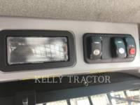 CATERPILLAR SKID STEER LOADERS 272D2 equipment  photo 10