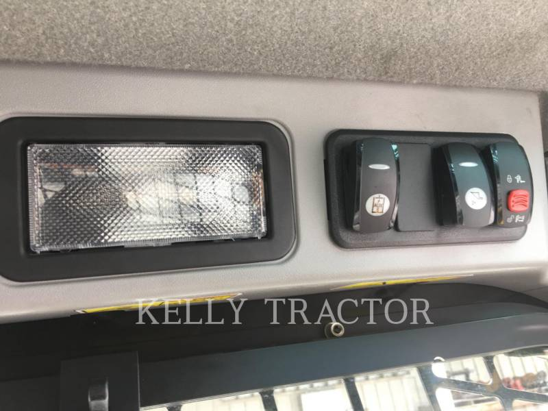 CATERPILLAR CHARGEURS COMPACTS RIGIDES 272D2 equipment  photo 10