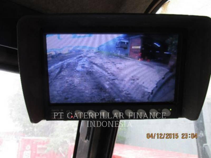 CATERPILLAR CAMIONES ARTICULADOS 740 equipment  photo 4