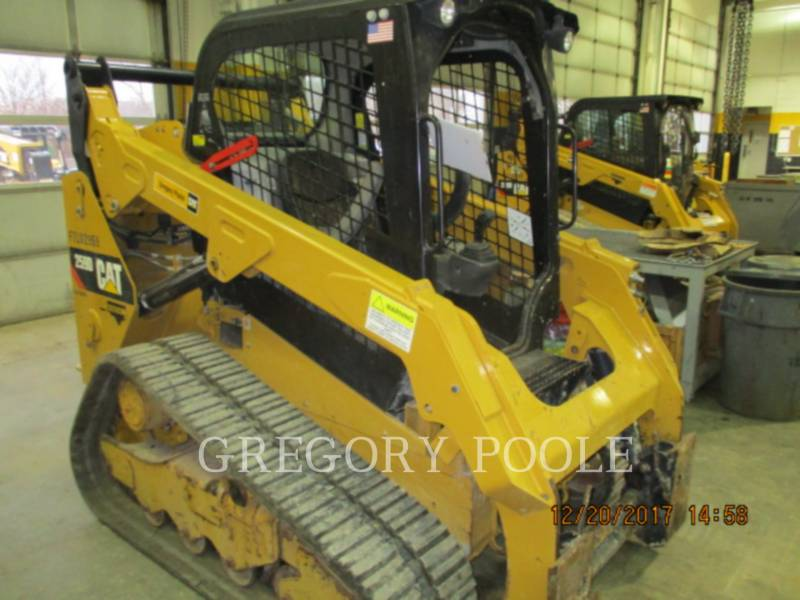 CATERPILLAR CHARGEURS TOUT TERRAIN 259D equipment  photo 10