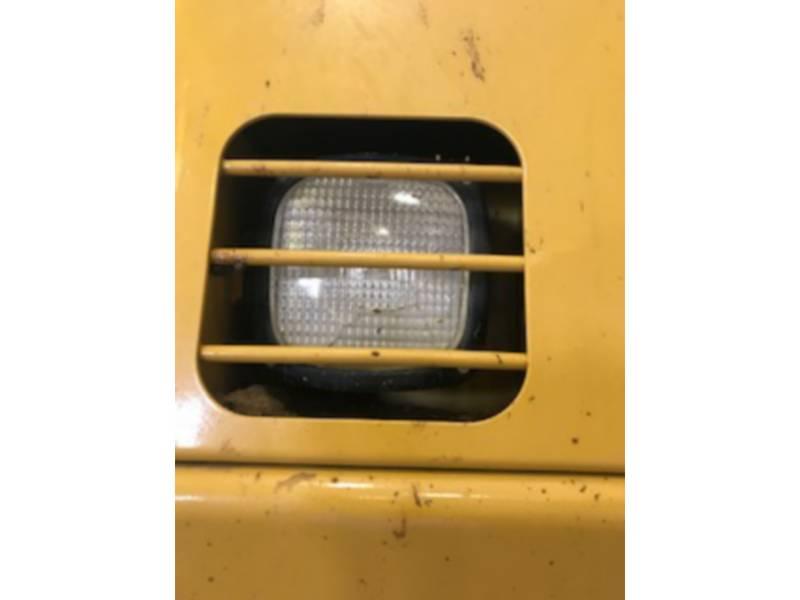 CATERPILLAR TRACK EXCAVATORS 390DL equipment  photo 13