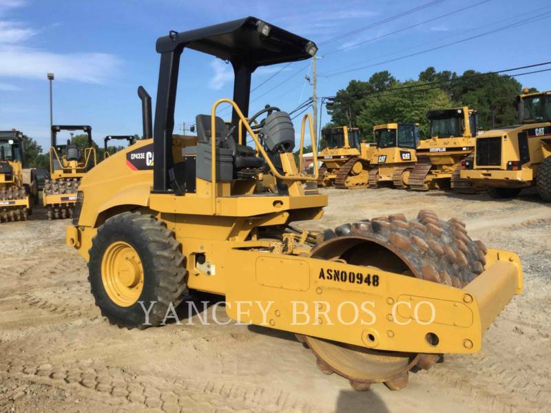 CATERPILLAR TRILLENDE ENKELE TROMMEL OPVULLING CP-433E equipment  photo 1