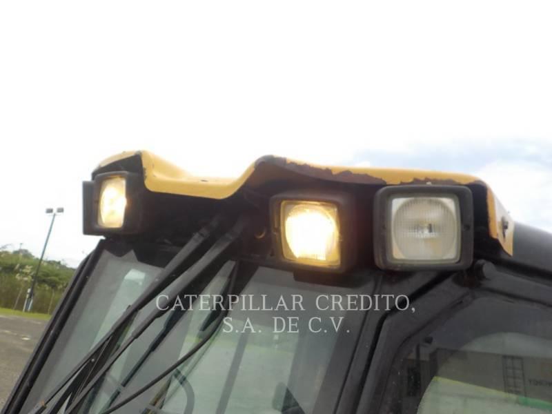 CATERPILLAR TRACTEURS SUR CHAINES D6KXL equipment  photo 15