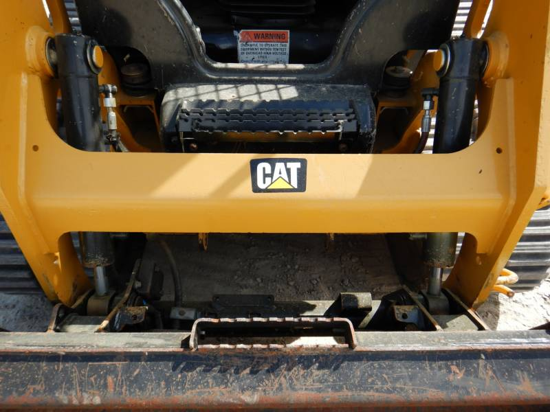 CATERPILLAR DELTALADER 239D equipment  photo 17