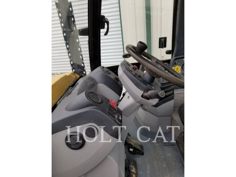 CATERPILLAR CHARGEUSES-PELLETEUSES 420F C4E equipment  photo 9