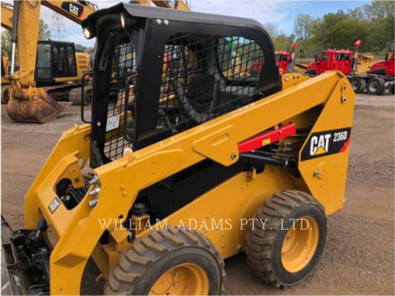 CATERPILLAR CHARGEURS COMPACTS RIGIDES 236D equipment  photo 12
