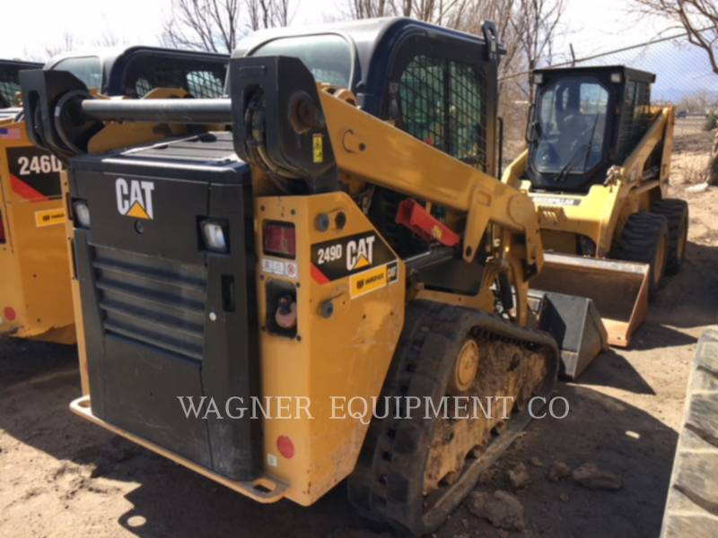 CATERPILLAR SKID STEER LOADERS 249D equipment  photo 2