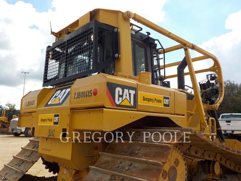 CATERPILLAR ブルドーザ D6T equipment  photo 12