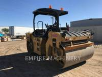 Equipment photo CATERPILLAR CB66B ROLO COMPACTADOR DE ASFALTO DUPLO TANDEM 1