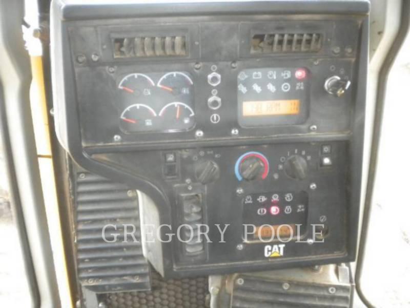 CATERPILLAR CIĄGNIKI GĄSIENICOWE D6R II equipment  photo 24