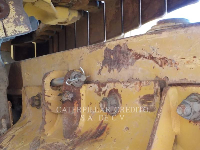 CATERPILLAR TRACTEURS SUR CHAINES D8T equipment  photo 18