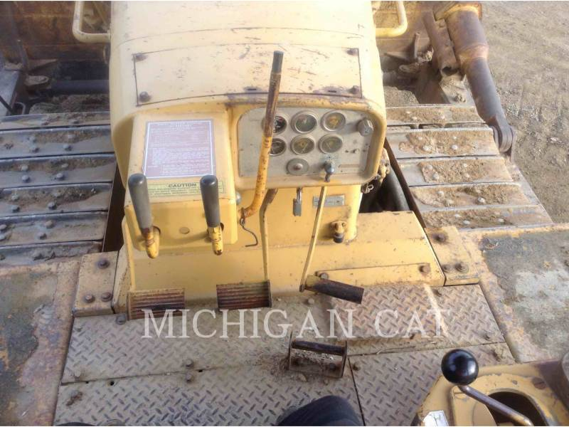 CATERPILLAR TRACTORES DE CADENAS D8K equipment  photo 22
