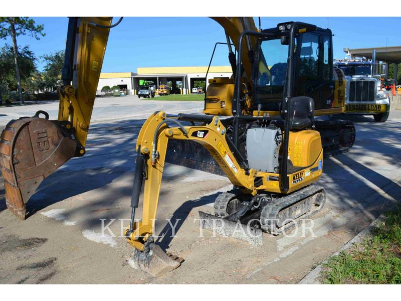CATERPILLAR ESCAVATORI CINGOLATI 300.9D equipment  photo 2
