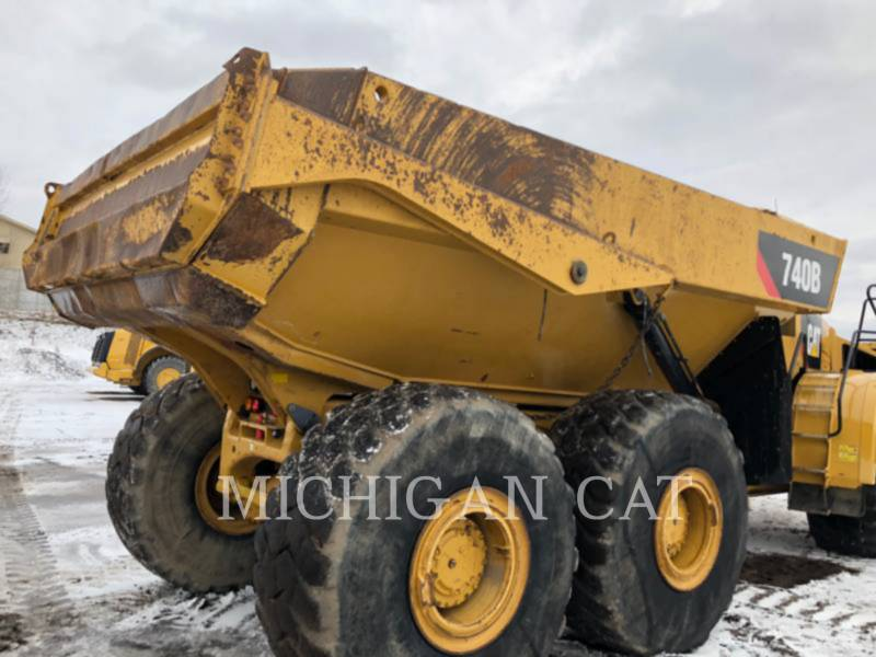 CATERPILLAR ARTICULATED TRUCKS 740B T equipment  photo 5
