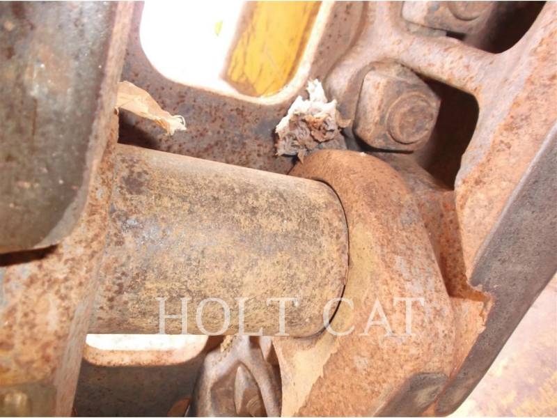 CATERPILLAR CARGADORES DE CADENAS 963D WHA equipment  photo 18