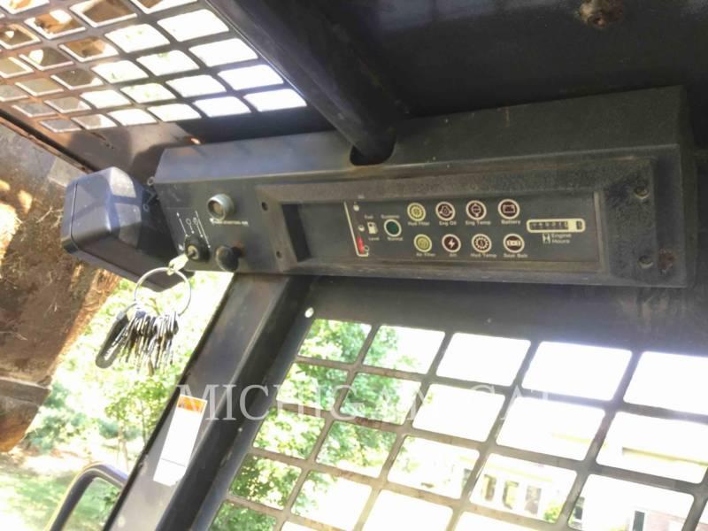 CASE SKID STEER LOADERS 1845C equipment  photo 6