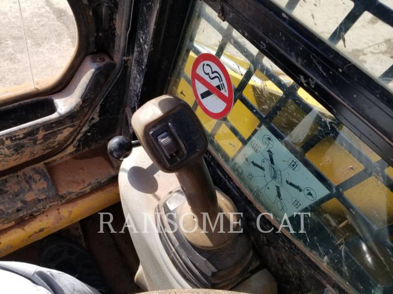 CATERPILLAR SKID STEER LOADERS 259B3 equipment  photo 18
