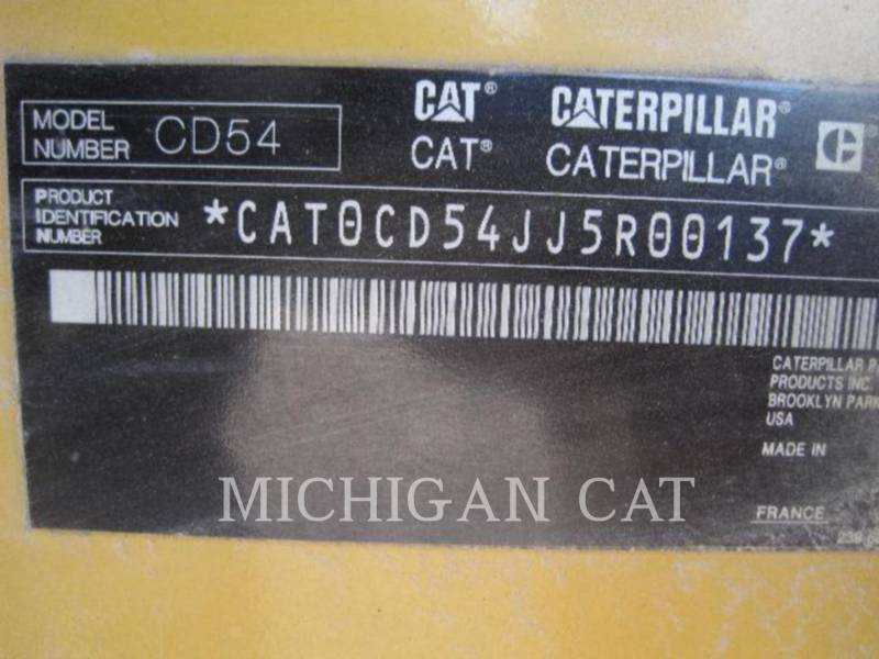 CATERPILLAR VIBRATORY DOUBLE DRUM ASPHALT CD54 equipment  photo 18