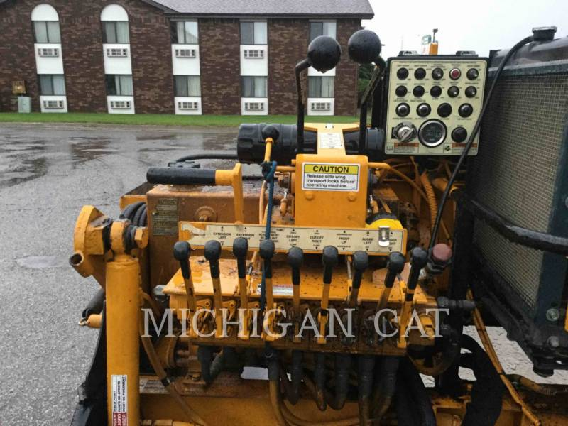 LEE-BOY SCHWARZDECKENFERTIGER 1000F equipment  photo 15