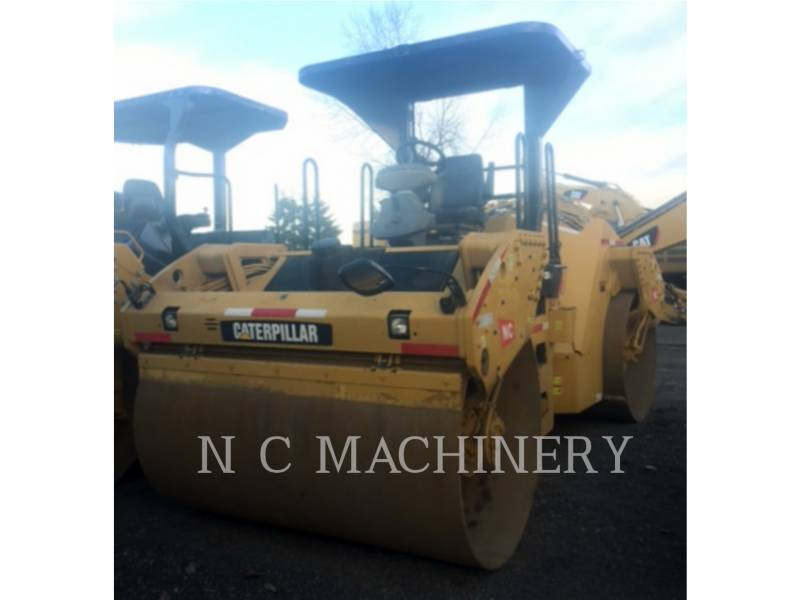 CATERPILLAR ASPHALT PAVERS CB54 equipment  photo 5