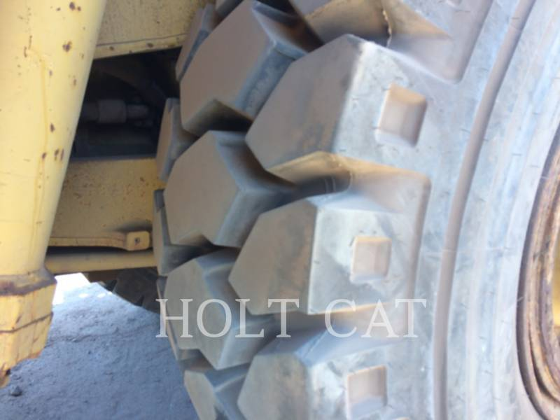 CATERPILLAR TOMBEREAUX DE CHANTIER 773 F equipment  photo 8