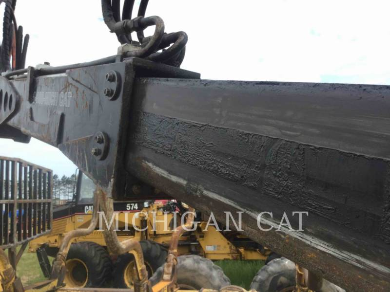 CATERPILLAR MACHINE FORESTIERE 574 equipment  photo 14