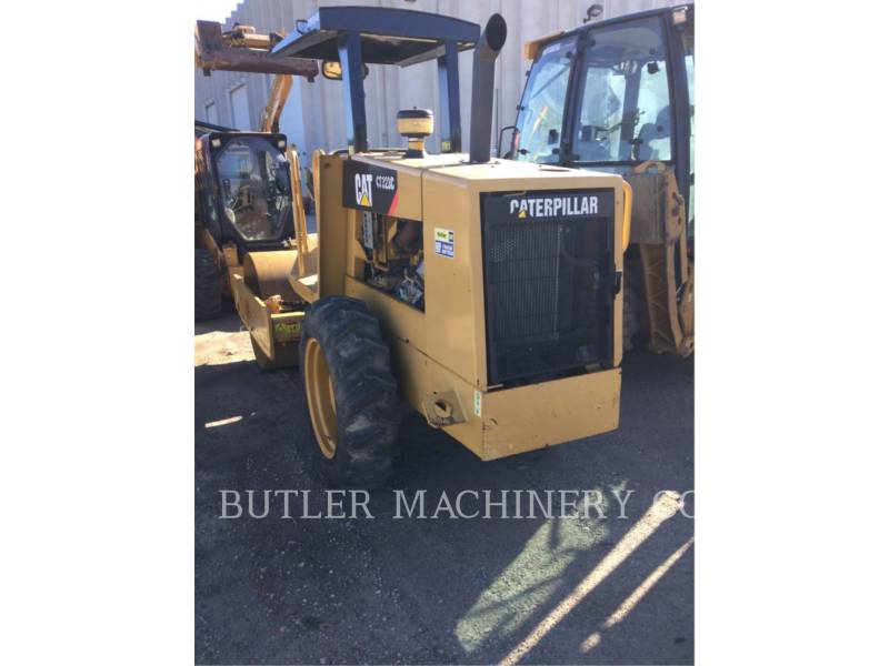 CATERPILLAR WT - COMPACTEUR CS-323C equipment  photo 3