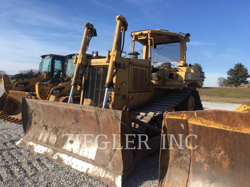 CATERPILLAR TRACTEURS SUR CHAINES D7H equipment  photo 3
