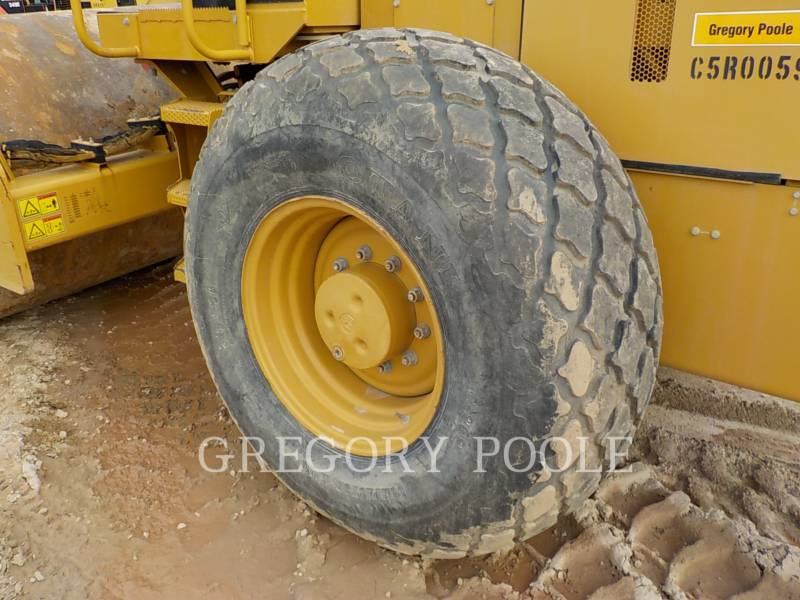 CATERPILLAR VIBRATORY SINGLE DRUM SMOOTH CS54 equipment  photo 17
