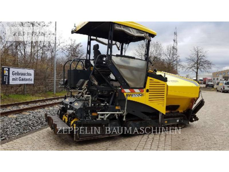 BOMAG ASPHALT PAVERS BF300C equipment  photo 4