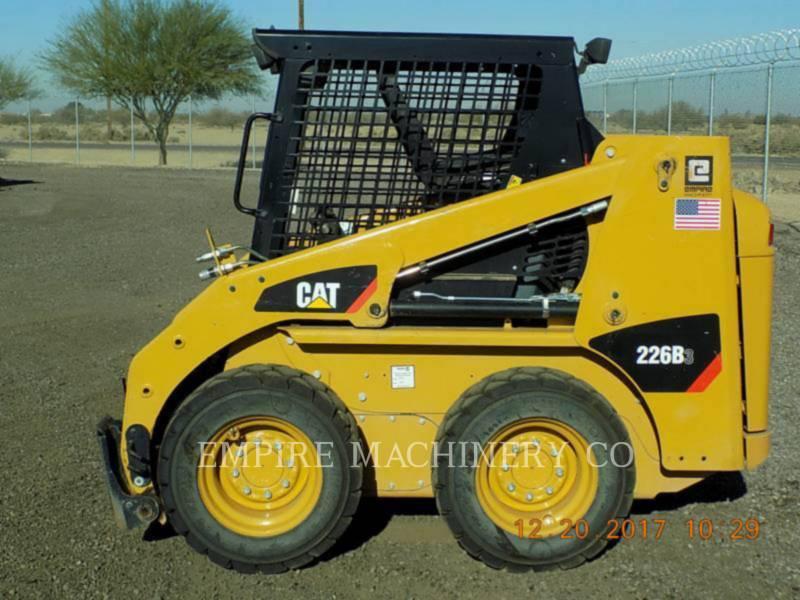CATERPILLAR スキッド・ステア・ローダ 226B3 equipment  photo 2