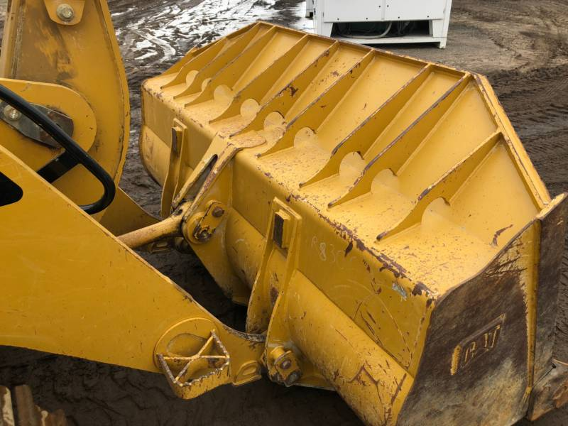 CATERPILLAR 履帯式ローダ 953D equipment  photo 16